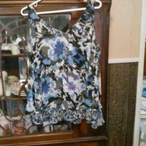 Lane Bryant Sleeveless Blouse floral print